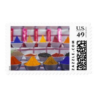AF, Egipto, Asuán, especias coloridas en mercado Sellos