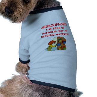 aficionado a los libros camiseta de perro