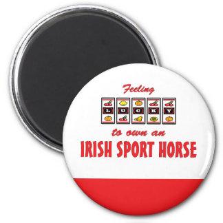 Afortunado a propio un diseño irlandés de la diver imán redondo 5 cm
