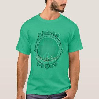 Afortunado divertido a ser camiseta irlandesa del