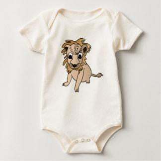 Afortunado el niño del león mameluco de bebé