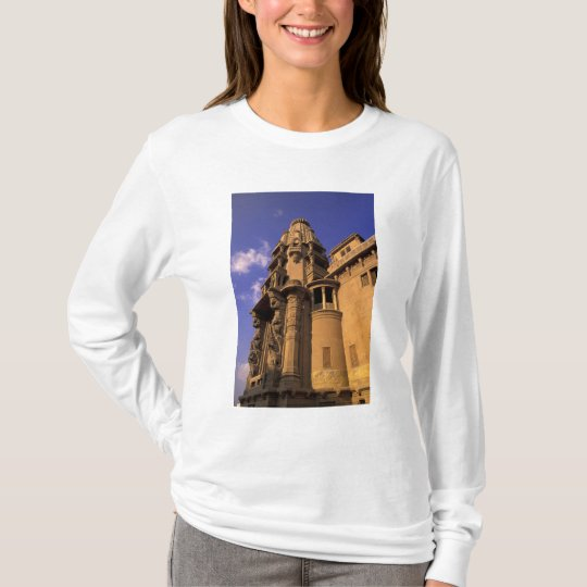 Africa, Egypt, Cairo, Heliopolis. Baron's T-Shirt