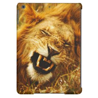 África, Kenia, Maasai Mara. León masculino. Salvaj Funda Para iPad Air