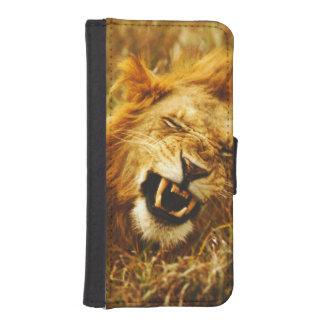 Africa, Kenya, Maasai Mara. Male lion. Wild Phone Wallet Cases