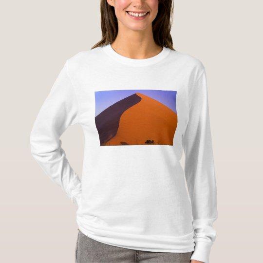Africa, Namibia, Namib NP, Sossusvlei, Sand T-Shirt