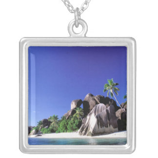 África, Seychelles, isla de Digue del La. Granito Colgante Cuadrado