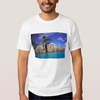 África, Seychelles, isla de Digue del La. Granito Playeras