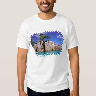 África, Seychelles, isla de Digue del La. Granito Poleras