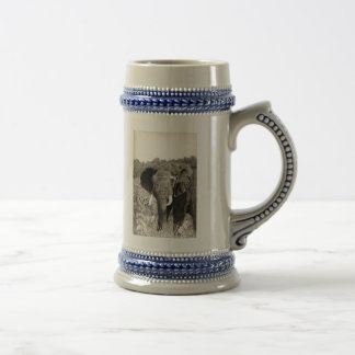 African Elephant 18 Oz Beer Stein