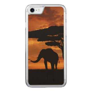 African elephants silhouettes in sunset carved iPhone 7 case
