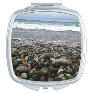 Agate beach 1 mirror for makeup