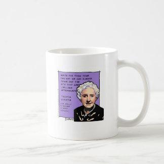 Agatha Christie dice le escribe su propia manera Taza
