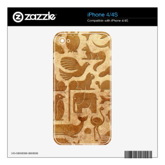Aged and Worn Animal Kingdom Pattern Decal For iPhone 4