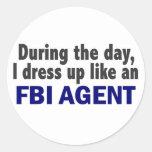 Agente del FBI durante el día Pegatinas Redondas