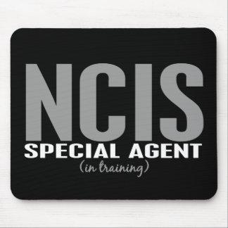 Agente especial de NCIS en el entrenamiento 1 Mouse Pads