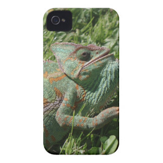 Aggressive Chameleon iPhone 4/4S Barely There Case