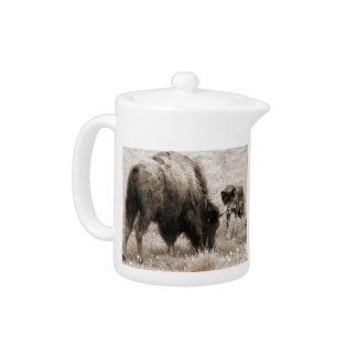 Aggressive wolf hunting bison teapot