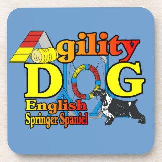 Agilidad del perro de aguas de saltador inglés posavasos de bebida