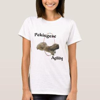 Agilidad del perro de Pekingese Playera