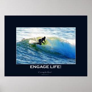 Agita al Tabla-jinete que practica surf arte de mo Póster