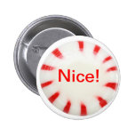 ¡Agradable! ¡Botón del día de fiesta - travieso o  Pins