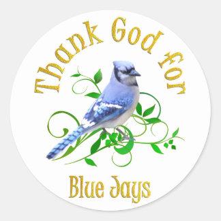 Agradezca a dios por arrendajos azules pegatina redonda