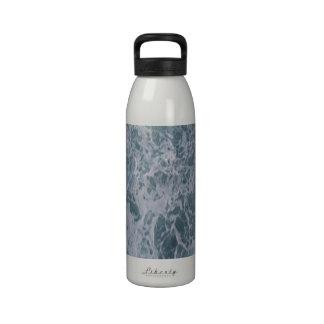 Agua abajo botella de beber