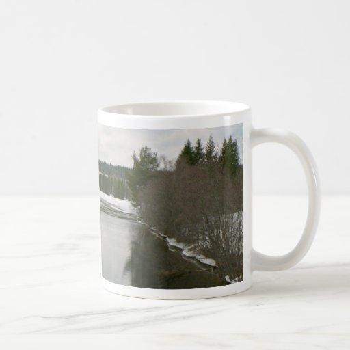 Agua abierta taza básica blanca