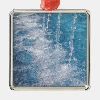 Agua azul adorno navideño cuadrado de metal