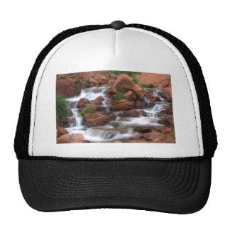 Agua de conexión en cascada gorras de camionero