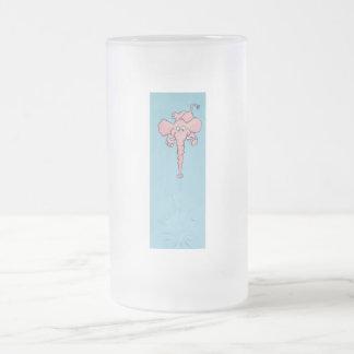 agua de estornudo linda del elefante rosado hacia  taza