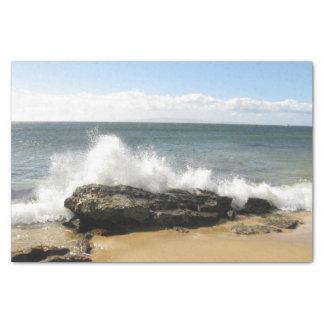 Agua de la escena de la playa que salpica el papel papel de seda pequeño