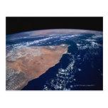Agua de la reunión de la tierra en la tierra tarjeta postal
