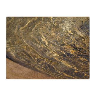 Agua de oro 2 de la fuente impresión en madera