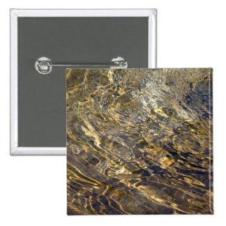 Agua de oro 2 de la fuente pin cuadrado
