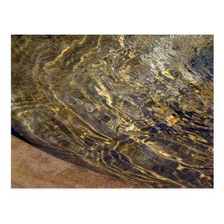 Agua de oro 2 de la fuente postales