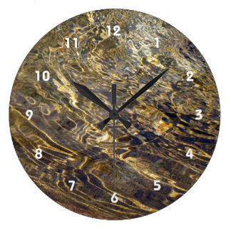Agua de oro 2 de la fuente reloj redondo grande