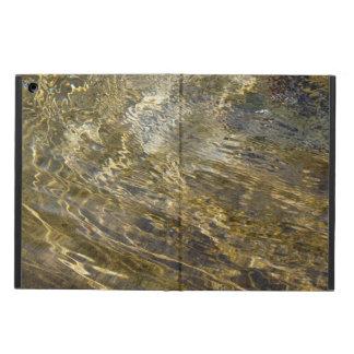 Agua de oro de la fuente