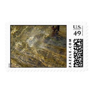 Agua de oro de la fuente - sello medio