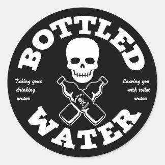 Agua embotellada etiquetas redondas