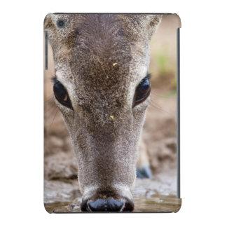 agua potable Blanco-atada de los ciervos Funda Para iPad Mini Retina