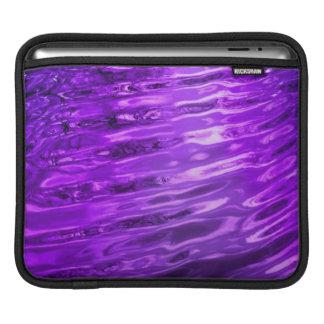 Agua púrpura mangas de iPad