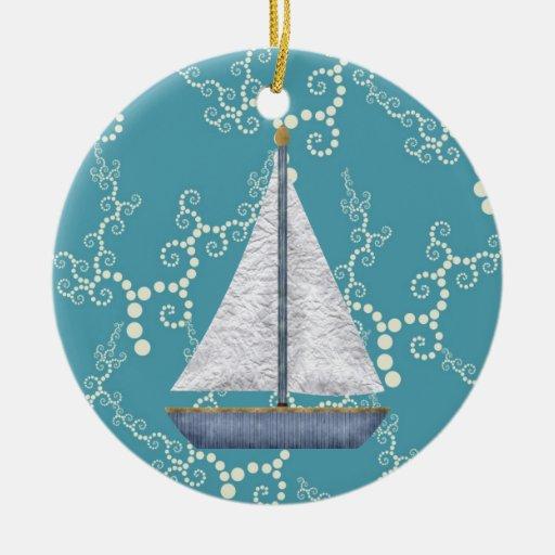 Agua que remolina personalizada del velero náutico adorno navideño redondo de cerámica