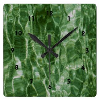 Agua verde reloj cuadrado
