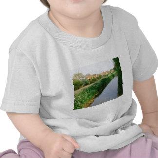Agua y manera camiseta
