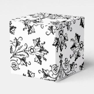 Aguafuerte floral de las margaritas del vintage en caja para regalo de boda