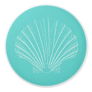 Aguamarina azul con el mar blanco Shell Pomo De Cerámica