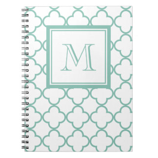Aguamarina Quatrefoil blanco el | su monograma Cuaderno