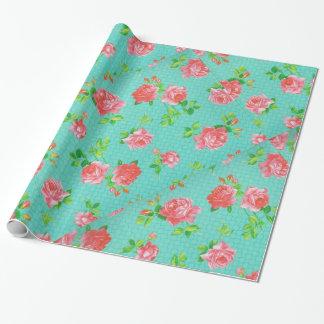 Aguamarina y impresión floral rosada