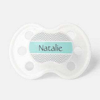 Aguamarina y nombre personalizado modelo gris del  chupete de bebé